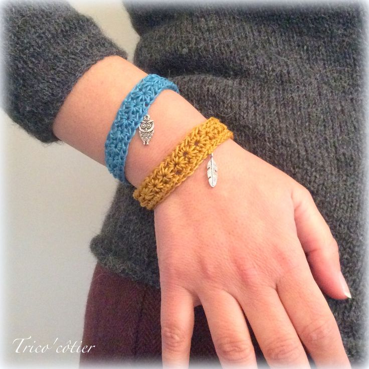 Duo de bracelets étoilés ! Tuto ! SC n°249 - Mon trico'côtier. Star Stitch Bracelets - free crochet pattern in French and English.