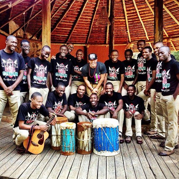 Shawn Desman hanging out with the Kenyan Boy's Choir in Kenya! #metowetrips #shawndesman #travel #love #volunteer #inspire #music