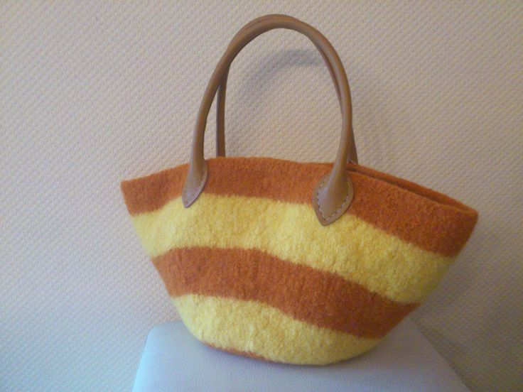 Handtasche orange,gelb  von Tassen - en - meer   auf DaWanda.com