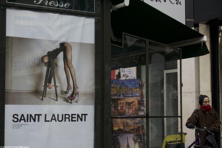 Happy International Women's Day! Joyeuse Journée Internationale des Femmes {Blotter Notes} {Paris Street Photos}