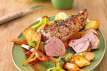 Kräuter - Lendchen im Bratschlauch mit Ofenkartoffeln, ein sehr schönes Rezept aus der Kategorie Gemüse. Bewertungen: 24. Durchschnitt: Ø 4,1.