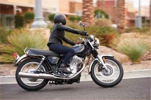 Motor Tampang Klasik Yamaha SR400 Dengan Usia Muda