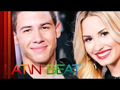 "Demi Lovato & Nick Jonas BFFs en ""Neon Lights Tour"" Gira - YouTube"