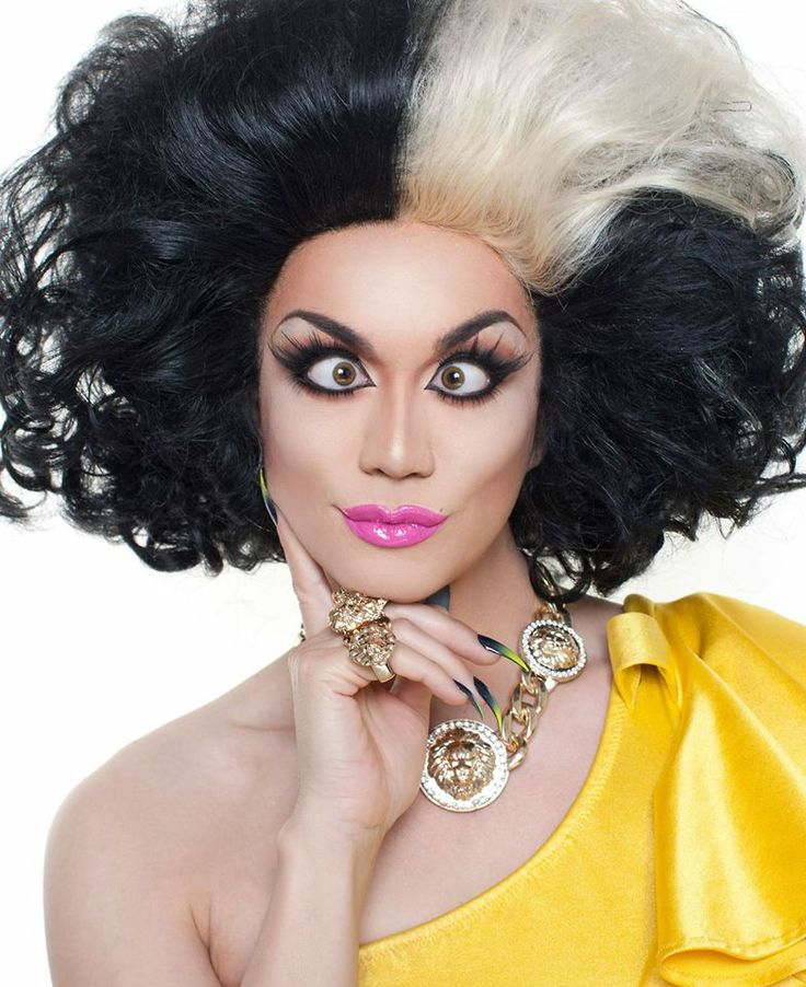 Gag! Relive #RuPaulsDragRace HERstory, like Manila Luzon's season 3 lip sync, with the #28DaysOfDrag: http://logo.to/1n8Mcfk