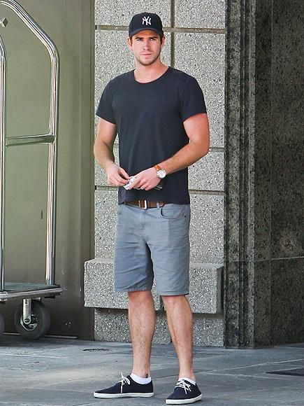 Liam Hemsworth makes his way through Atlanta, where he's filming the next installment of The Hunger Games. http://www.people.com/people/gallery/0,,20738215,00.html#30025811