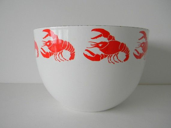 Finel Red and White Enamel Lobster Bowl...obviously not mushrooms, but i've never seen it in lobster! i want this.