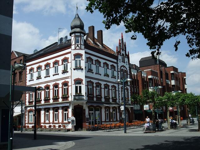 """Grevenbroich, Fußgängerzone - Restaurant """"Haus Portz"""" by borntobewild1946, via Flickr"""