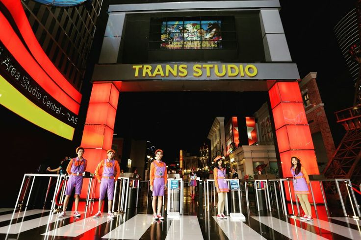 Wellcome to Trans Studio Bandung  #transstudiobandung  #cashmemberTSB #smile