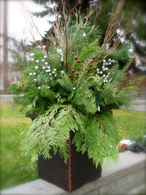 Jill Of All Trades: Do it Yourself Christmas Urn