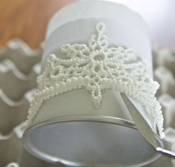 Royal Icing Tiara Tutorial....beautiful!