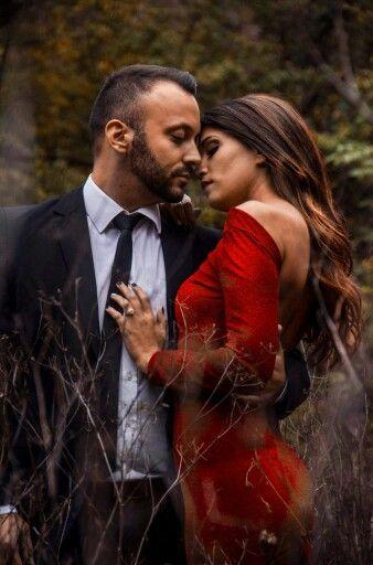 #esküvő #esküvőszervezés #kreatív fotózás #piros #ruha