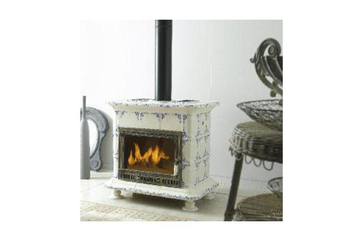 25 best stove mantels images on pinterest fireplace - Stufe a legna vecchie ...