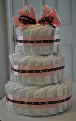 Baby Shower: Diaper Cake Tutorial.