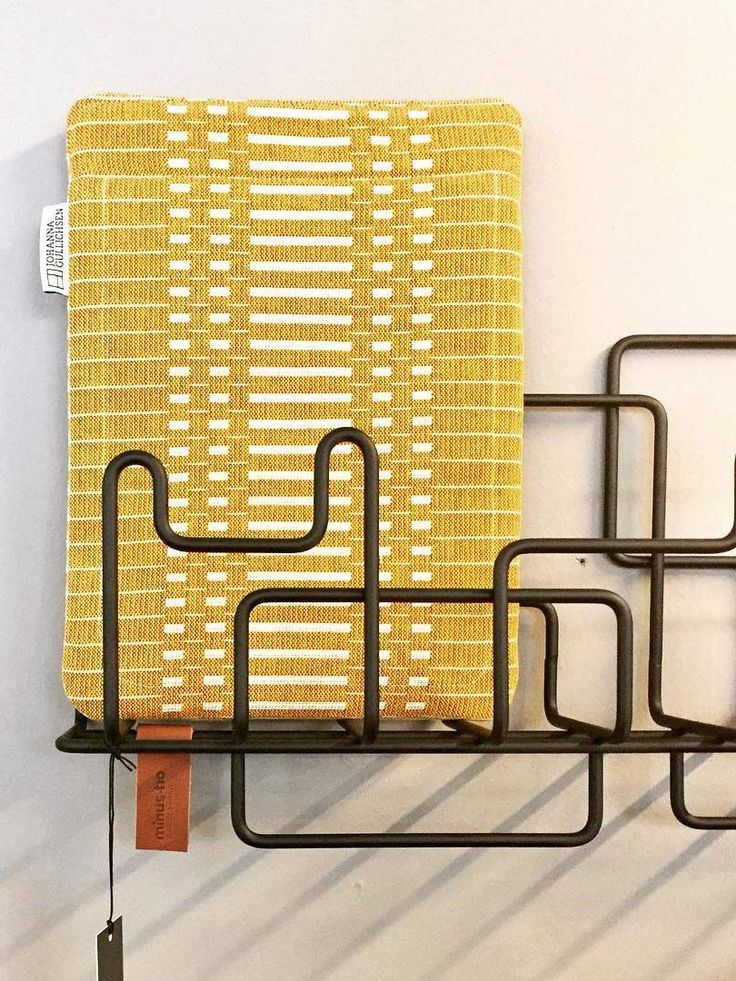 Manage Monday coat rack and storage photo by photo by @marais_101