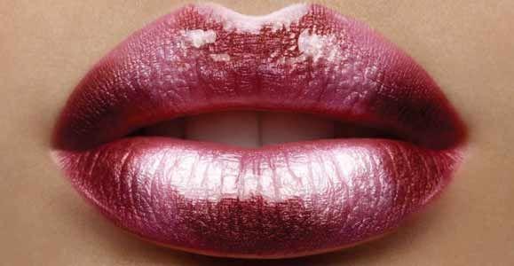 Как увеличить губы в домашних условиях   а перчик то что надо.... проверено от себя = помогает! И сразу целоваться тянет )))