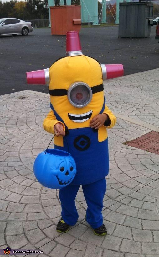 Bee Do Minion - Halloween Costume Contest via @costume_works
