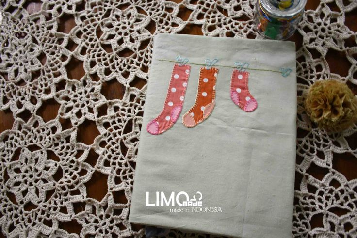 Sock1   55K   bahan : kain belacu   check this limo-made.blogspot.com #handmade #coverbinder #sampulbinder #limitededition #semarang #indonesia #limomade