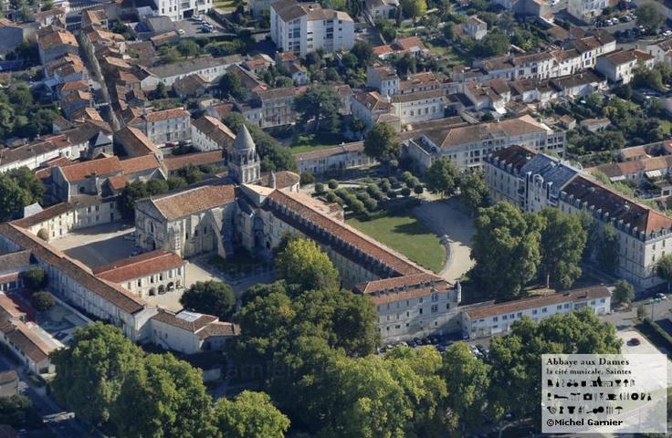 L'Abbaye aux Dames vue du ciel ! http://www.abbayeauxdames.org http://www.facebook.com/abbayeauxdames