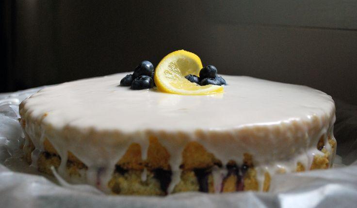 Ahu Eats: Ahu Eats: Blueberry Curd Cake with Lemon Glaze
