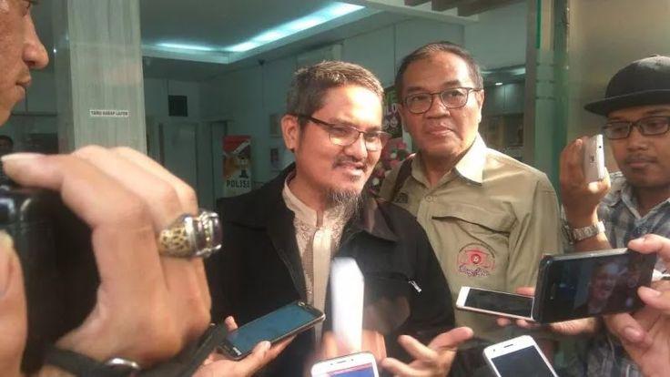 Akhirnya Hakim Menolak Permohonan Praperadilan Jonru Ginting ISLAMINEWS - Pengadilan Negeri Jakarta Selatan menolak permohonan praperadila...