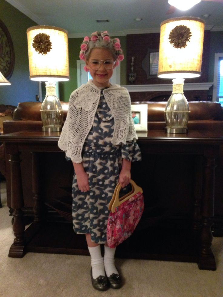 100th day of school, old lady costume, 100 year old lady. School costume 100 days of school. Hair rolled, sprayed white. Blue eyeshadow. Wrinkles. Glasses, removed glass.
