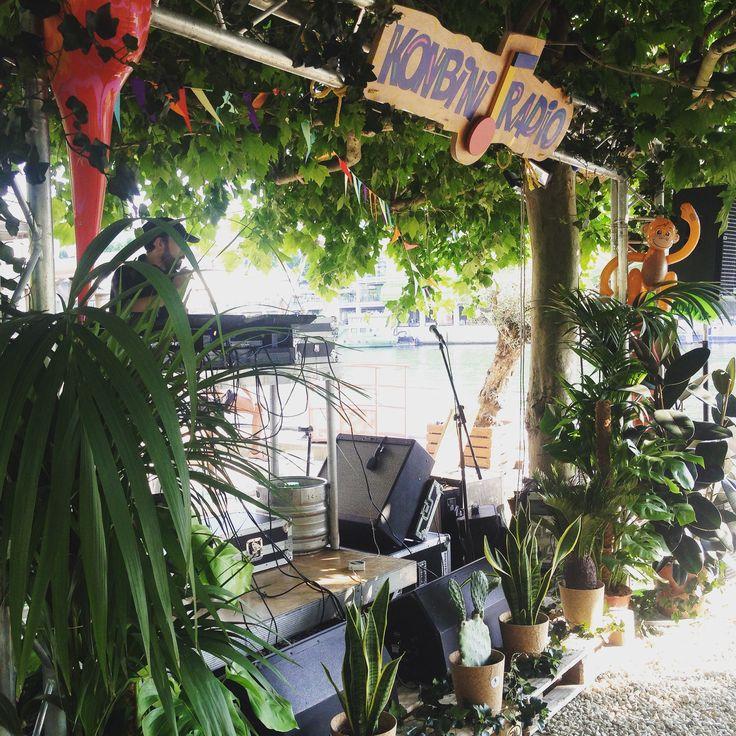 Konbini dj booth - tropical sound