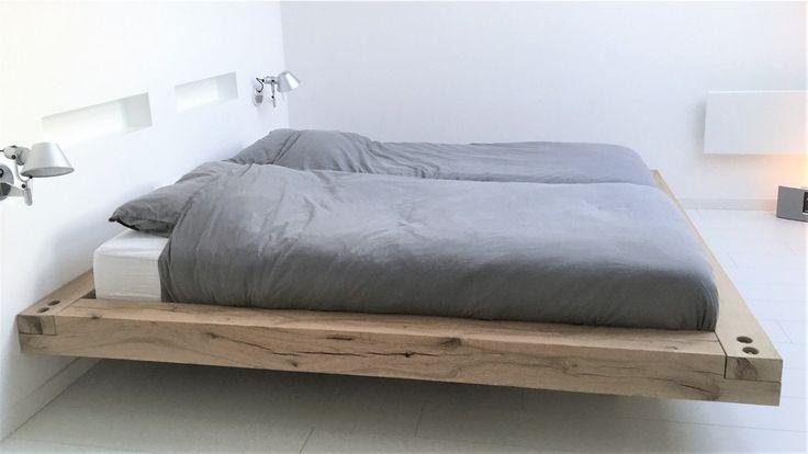 Zwevend bed gemaakt van rustiek eiken balken. | Schlaf | Pinterest ...
