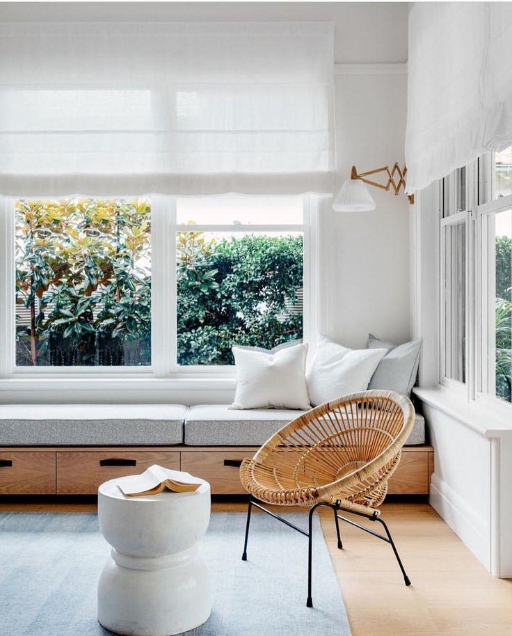 Window seat love. Design by @arentpykestudio  @felix_forest #homelifeloves