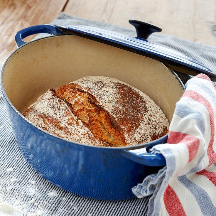 Baka ett ljuvligt gott grytbröd på dinkel som dessutom är knådfritt