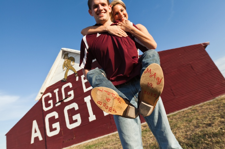 Texas A & M University Aggie Whoop Barn engagment photo.