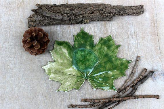 Feuille érable céramique, érable canada, déco nature, objet déco, décoration verte, décoration végétale, céramique verte, céramique nature,