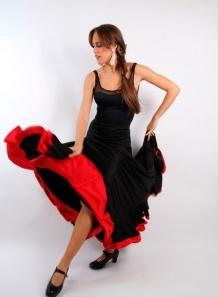 Falda ensayo 2vol sra F115  Falda de ensayo para baile flamenco en punto de seda extra, con pletina hasta la cadera y doble volante combinado.