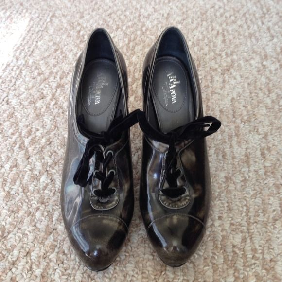 valentine nike shoes 2016