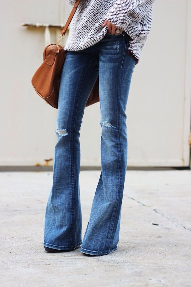 distressed flares: Wide Legs Pants, Flare Jeans, Cut Jeans, Belle Bottoms, Slouchy Sweaters, Over Sweaters, Perfect Jeans, Wide Legs Jeans, Style Tips