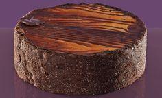MOUSSE ZUCCA E CIOCCOLATO  Ingredienti: base Marquise, mousse di cioccolato fondente (panna,cioccolato fondente), mousse di zucca (zucca, zucchero, panna, albume e liquore di arancia dealcolizzato)