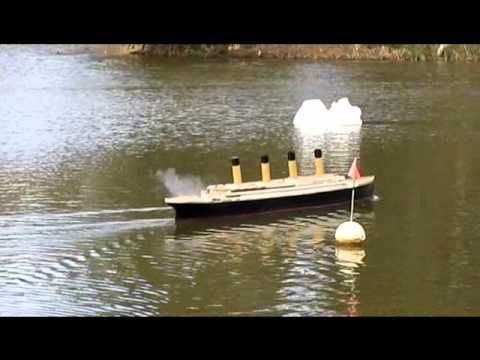 RC Titanic reenactment of the sinking with commentary