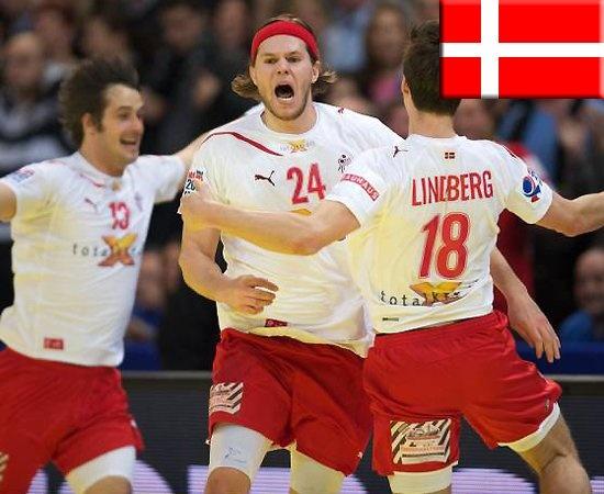 Mikkel Hansen + Hans Lindberg // Dän. Nationalmannschaft beim Jubeln    repinned by someid.de
