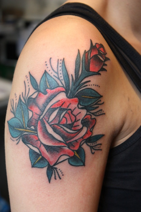traditional style rose.: Tattoo'S Idea, Styles Roses, Tattoo3 Tattoo'S, Roses Tattoo'S, Red Roses, Exact Tattoo'S, Traditional Styles, Styles Red, Traditional Roses