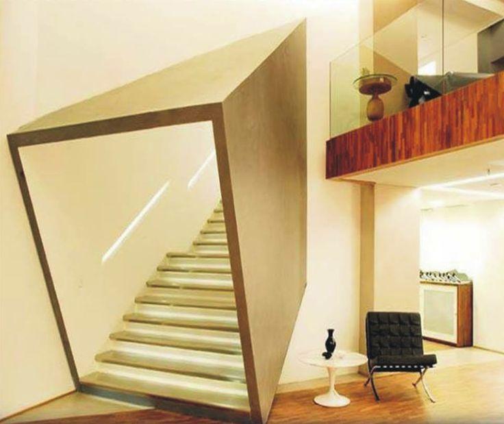 escaleras diferentes, misma funcion