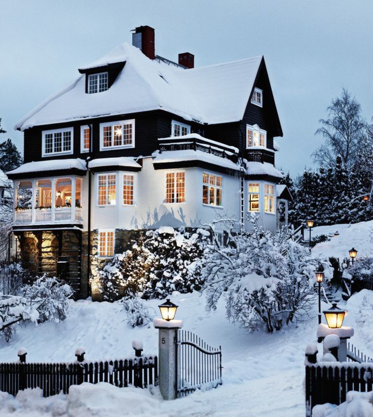 Dream Home   Black And White   Snow   Beautiful House