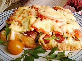 Töki pompos recept gazdagon: Nagyon finom, laktató étel. A feltétet tetszésünk szerint variálhatjuk. http://aprosef.hu/toki_pompos_gazdagon