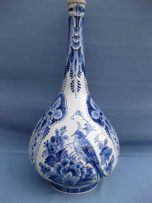 Online veilinghuis Catawiki: Porceleyne Fles - grote peervormige fles