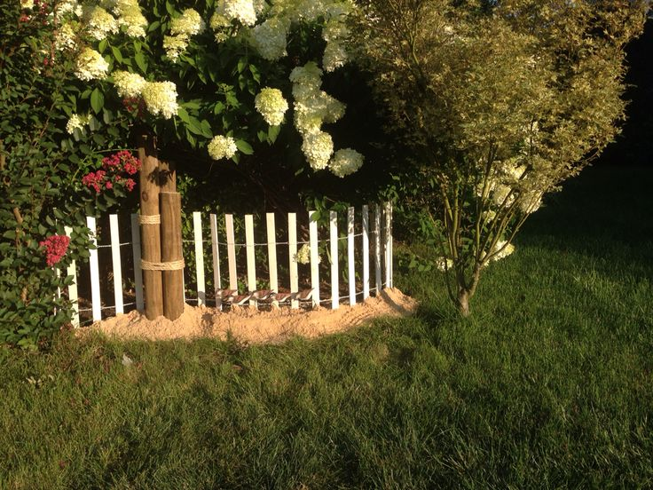 coastal garden very inexpensive garden fence lowes sand bags