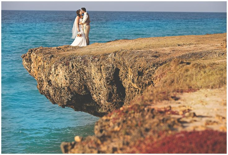 Cuba wedding photography - Cuba wedding inspiration - Melia Varadero wedding