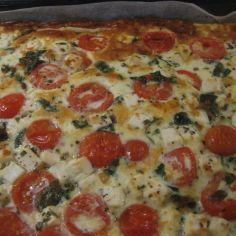 Feta-tomaattipiirakka (pellillinen) - Kotikokki.net - reseptit