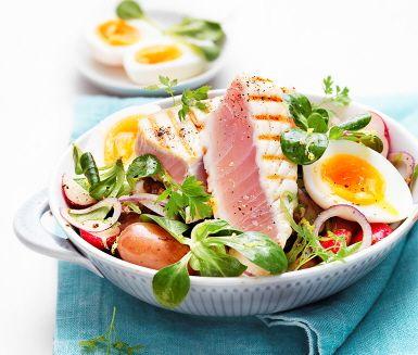 Recept: Vit tonfisk med tapenadepotatissallad