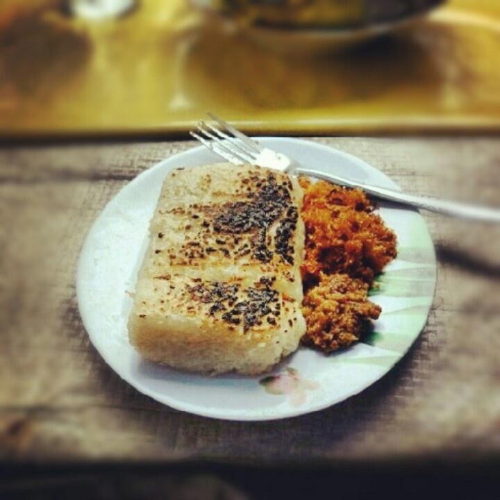 Ketan Bakar: Indonesia's Traditional Rice Cake