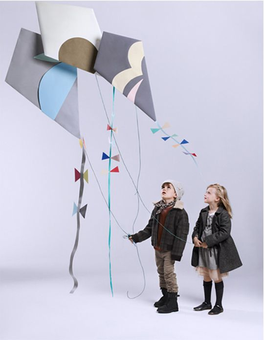 Cute kites made out of craft paper. Perfect for the spring season.