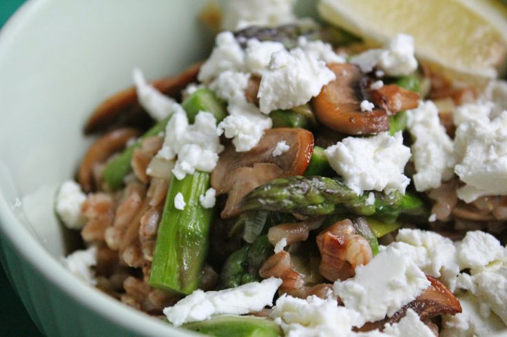 "Farro ""risotto"" with mushrooms, asparagus, and goat cheese 