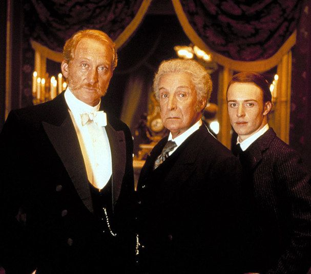Ian Richardson, centre, as Holmes in 'Murder Rooms: The Dark Origins of Sherlock Holmes'   2000